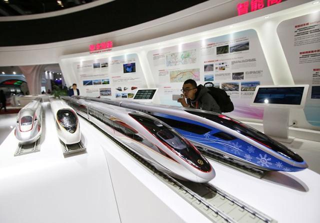 智能型复兴号动车组年底将在京张高铁投入运营