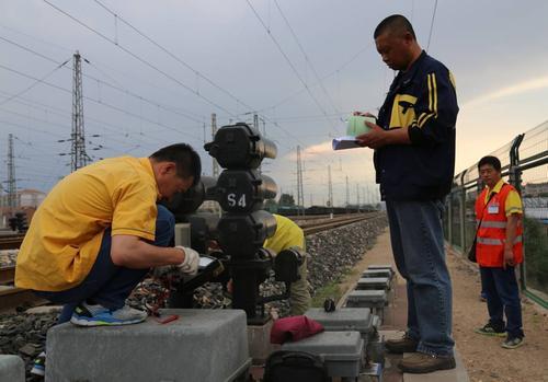 石家庄东华铁路学校铁道信号专业就业怎么样?
